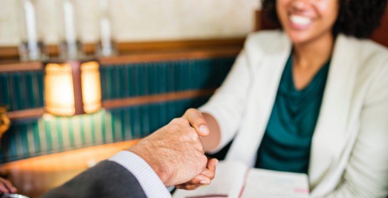 Elige bien las preguntas que harás en tu próxima entrevista de trabajo