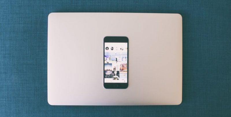 3 Ejemplos de diseños de feed en redes sociales
