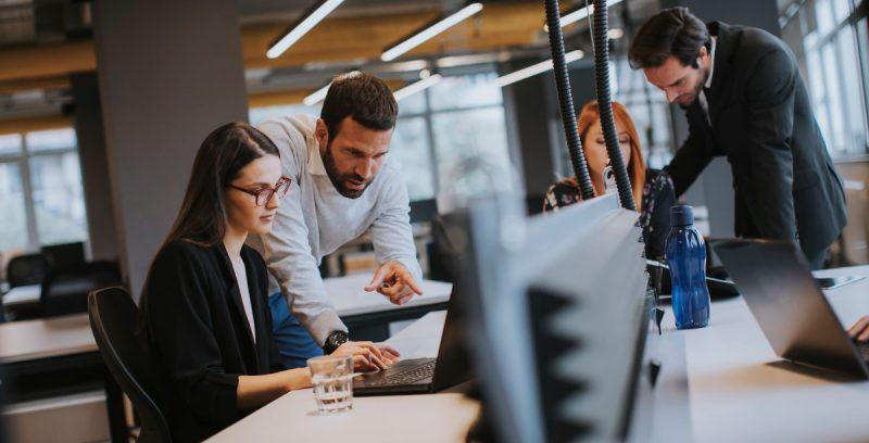 Claves y competencias para una mejor gestión de equipos